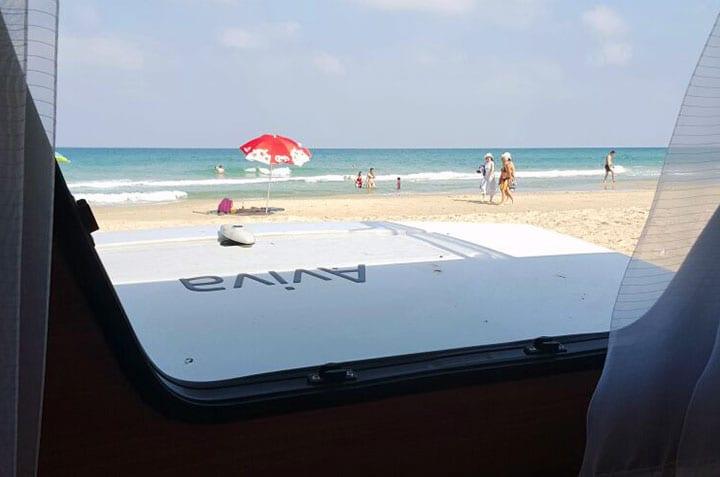 קרוואן דגם שניר- חוף הים